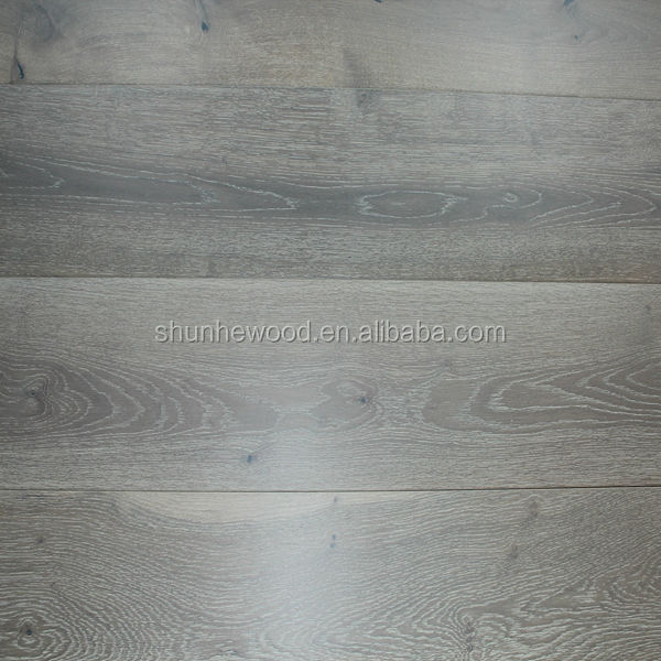 Smoked European <strong>Oak</strong> engineered wood flooring
