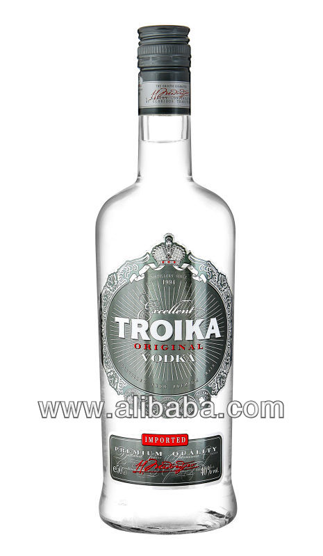Vodka TROIKA 700ml