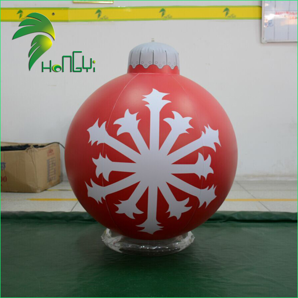 Attractive 60CM PVC Material Inflatable Christmas Decoration / Hanging Christmas Ball For Christmas