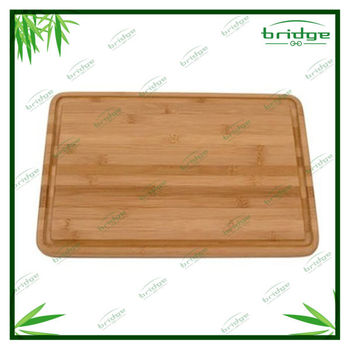Bamboo cutting board with groove
