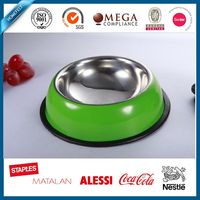 anti-skidding pet bowl with black rubber foundation ring
