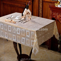 China Printed and gold PVC waterproof dining table cloth