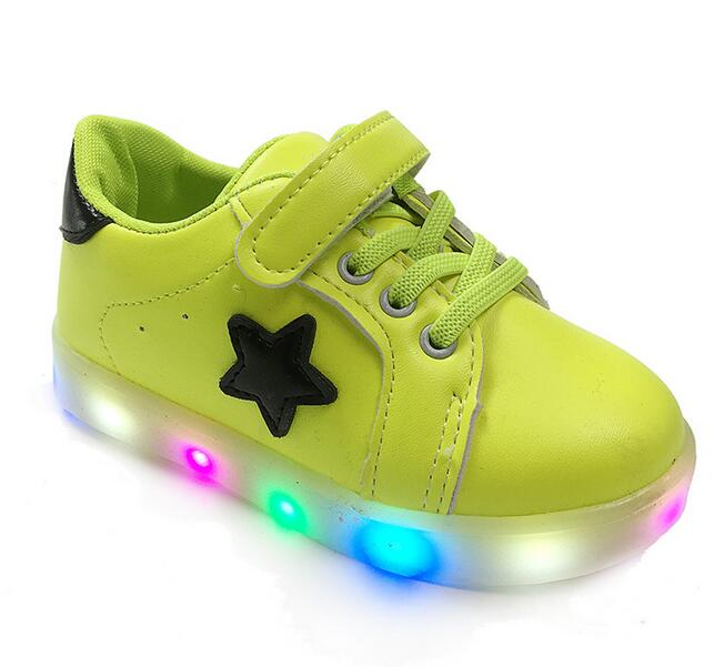Wholesale cheap kids sport sneakers LED children casual shoes