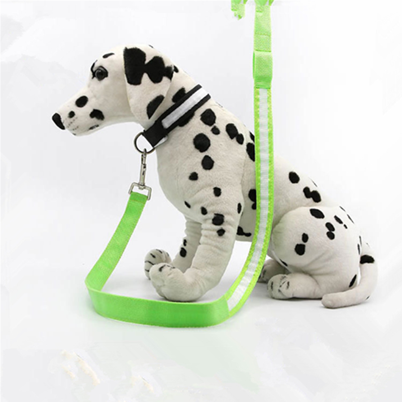 So Popular Best Led Light Retractable Dog Leash Pet Harness Dog Lead Chain For Large Dogs