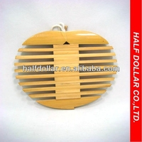 Apple-like Bamboo Pot Holder For One Dollar Item, Heat resistant For Kitchen Use