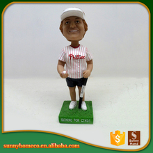 Wholesale resin golf sport figurine head shaking doll