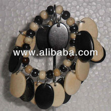 Black and White bone beads Stretchable Bracelet from www.beadworks.in, dolly exim