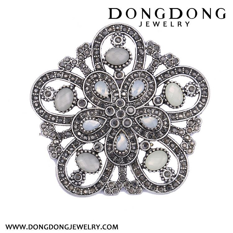 High end OEM design with reasonable price fashion metal alloy brooch