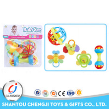 2017 new design baby sleeping toys cartoon soft plastic rattle ball