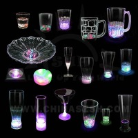 Flashing light up plastic juice cup wholesale with factory price, party favor barware led glowing glass