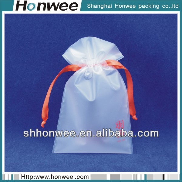 2014 fashional new design pvc gift wrapping plastic bags