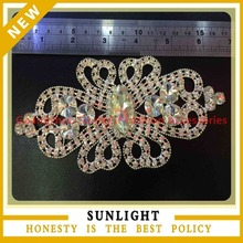wholesale rhinestone decorative metal appliques for garment decoration made in china