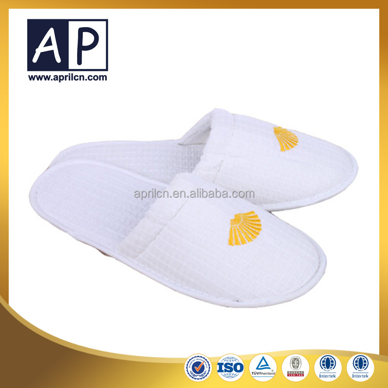 one time use men leather sandals slipper for hotel