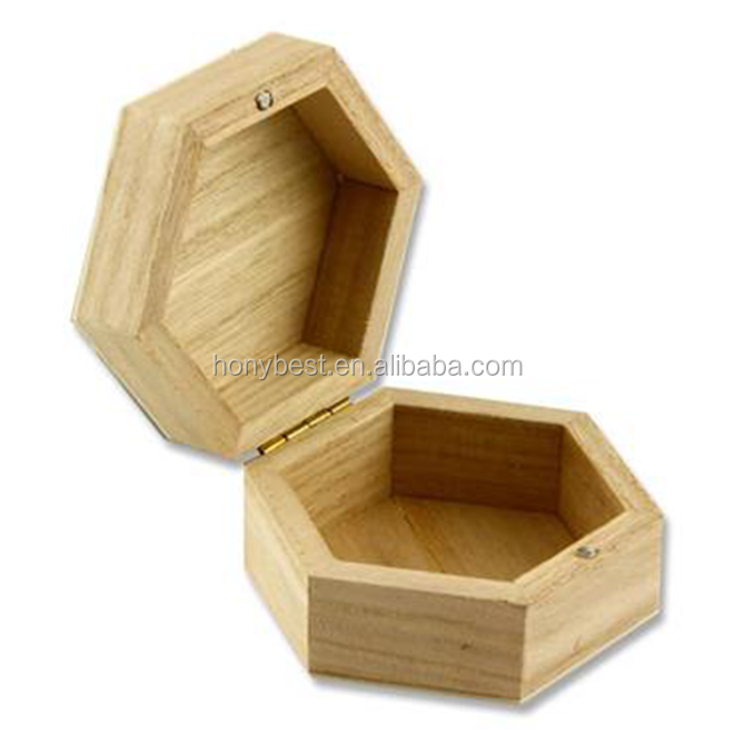 Hot Sale and Popular Wood Christmas Craft Ormament Storage Gift Box with Custom Shapes