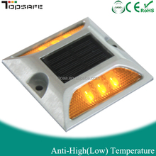 Aluminum IP 68 solar stud for road safety equipment