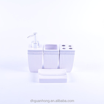 white color Ceramic bathroom set for Dubai market