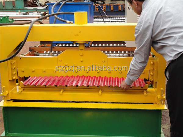 Selling well products machine building material C <strong>U</strong> shaped light steel keel roll forming machine