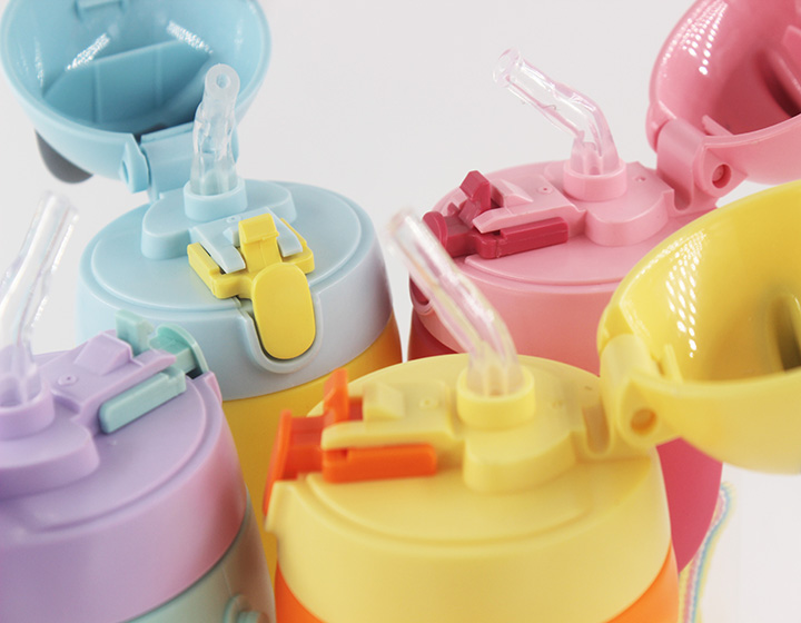 350ML plastic baby drinking bottle with straw
