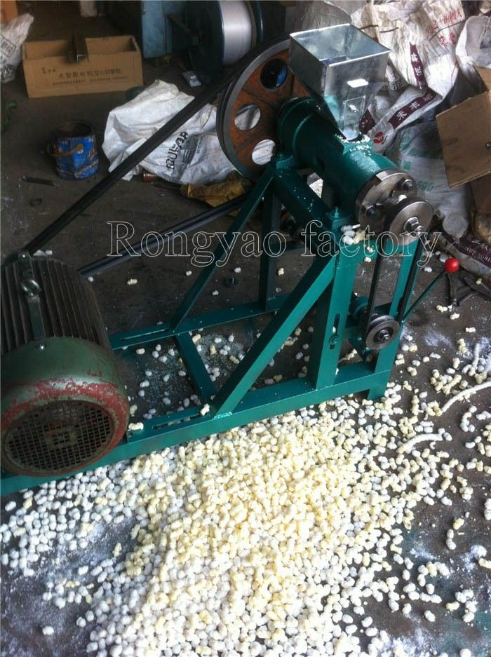 Round Type Corn Rice Extrudering Machine For Snacks For Animals Rice Corn Extruder Food Extruder With Motor