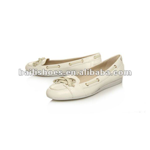 2012 new flat sandals lady shoes