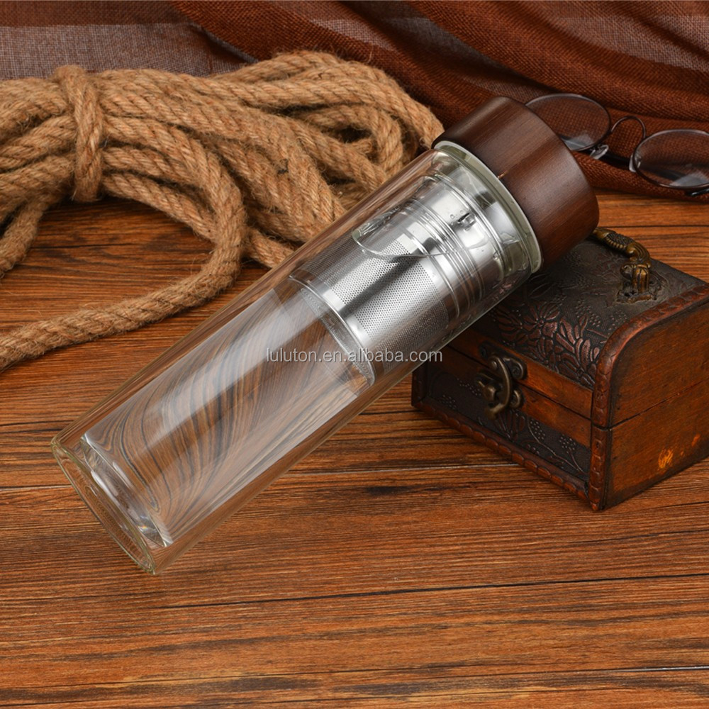 Food-grade borosilicate glass materials ,bamboo lid water bottle