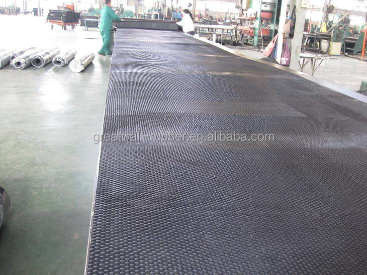 Classical Hammer Top Cow Rubber Mat For Dairy