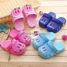 Cheap wholesale crocs shoes young kids $1 dollar shoes