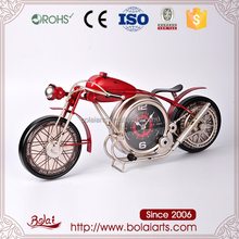 Fashion motorcycle shape red body gold lines clock iron craft