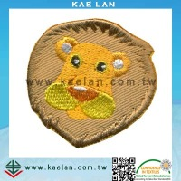 Wholesale embroidery patch, animal design for clothing