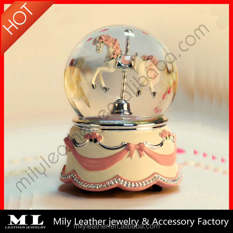 Polyresin+glass music box 120mm rotating horse water globe Pull string music box MLMB 010