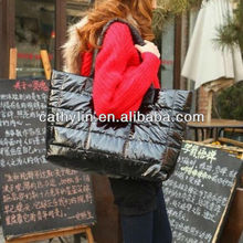 Black&red&brown down jacket fabrics handbag new style best price big capacity lady 's bag for Wholesale and Retail bag for Whole