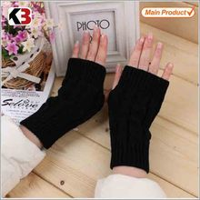 2016 Latest warm half finger gloves women black fashion winter mittens knitted gloves without fingers