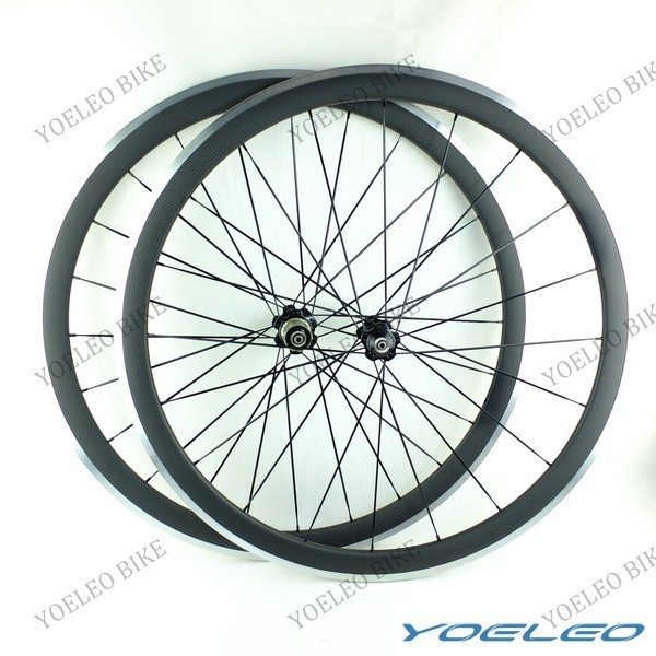 Oem Carbon Clincher 38mm Aluminum Alloy Wheelset 700c With Novatec Hubs