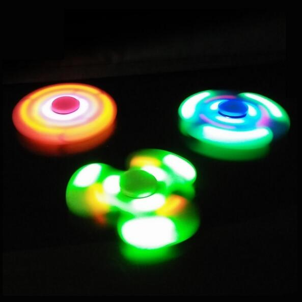 LED light Plastic Hand spinner Paired to Phone by Bluetooth