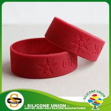 gym debossed unisex size embossed silicone wristband debossed green wide silicone wristband