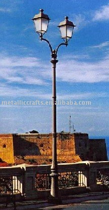cast aluminum courtyard lighting pole Y00401