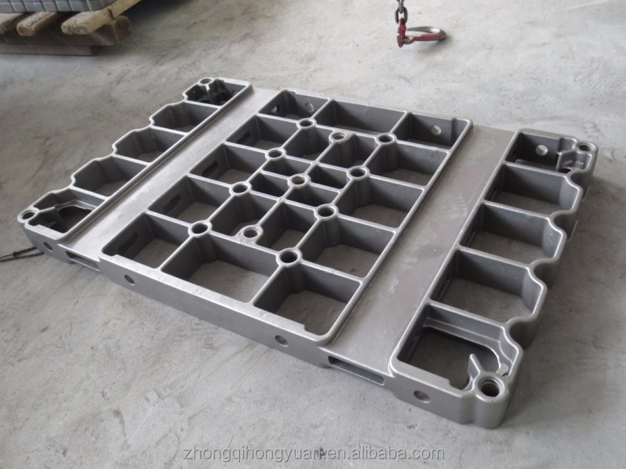industrial furnace accessaries such as batch furnace trays, furnace grids