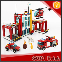 Hot selling 872PCS plastic fire station enlighten big blocks toys for adult