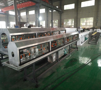 Plastic PP-R cold hot water pipe making line