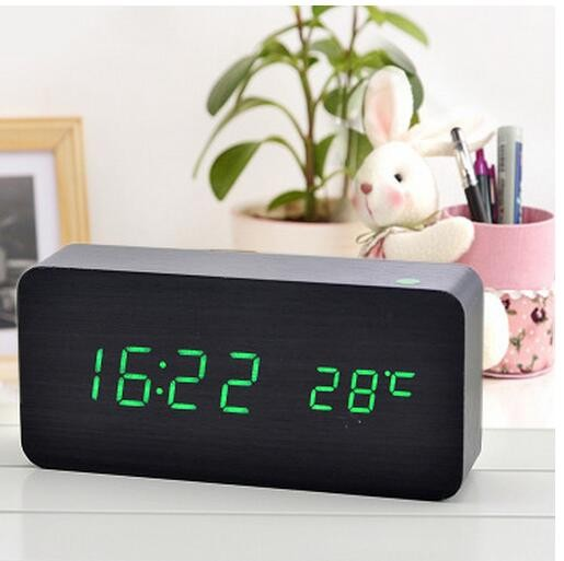 White Color NEWSHINE 4 Numbers 7-Segment LED Clock, LED Display Case