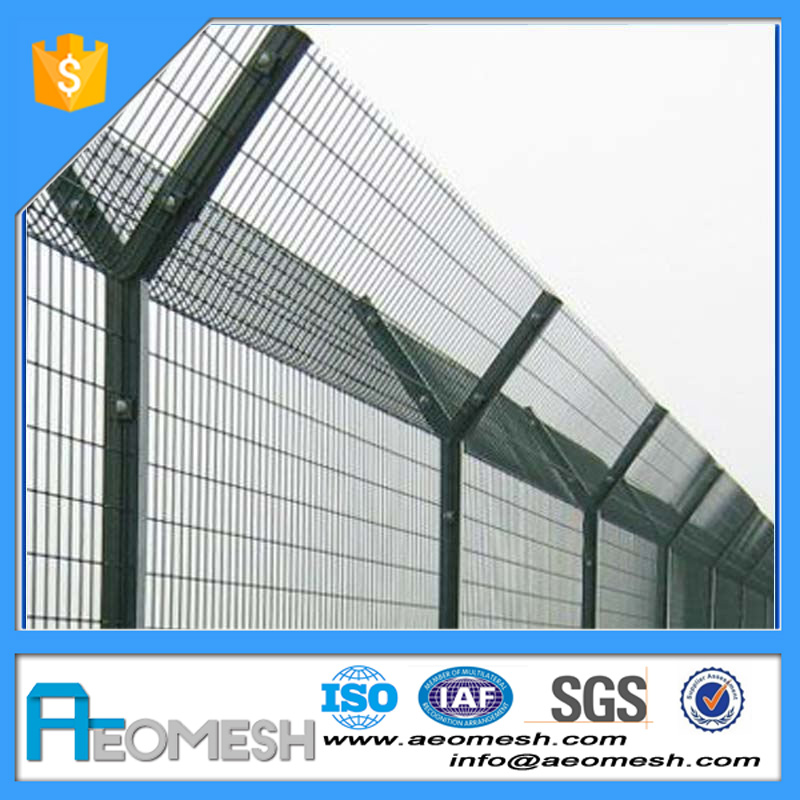 Airport/Prison Barbed Wire Gence/short garden fence/cheap garden fencing