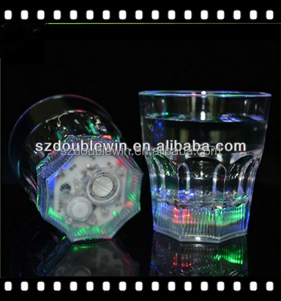 new year party tableware led lighting cups,transparent plastic flashing led whisky cup for restaruant