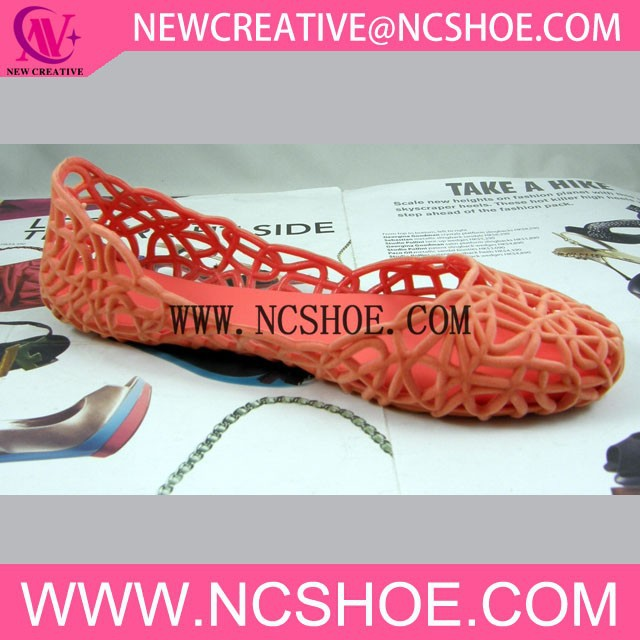 Hollow out flocking pvc jelly shoes