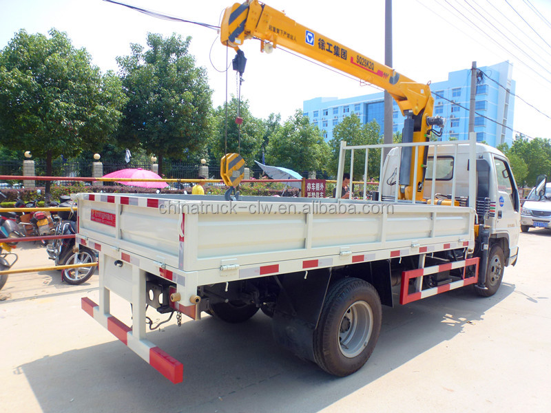 Foton small crane truck 2tons for sale