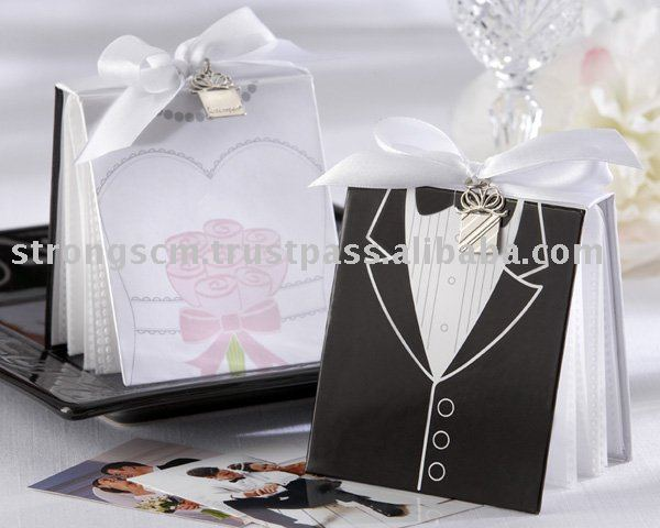 Wedding Favor - Bride and Groom Photo Album