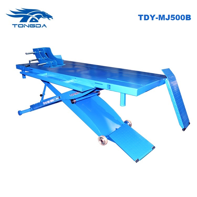 Tongda ATVs lift table TD-MJ500A loading capacity manual lock Pneumatic scissor motorcycle lift 500KG user friendly