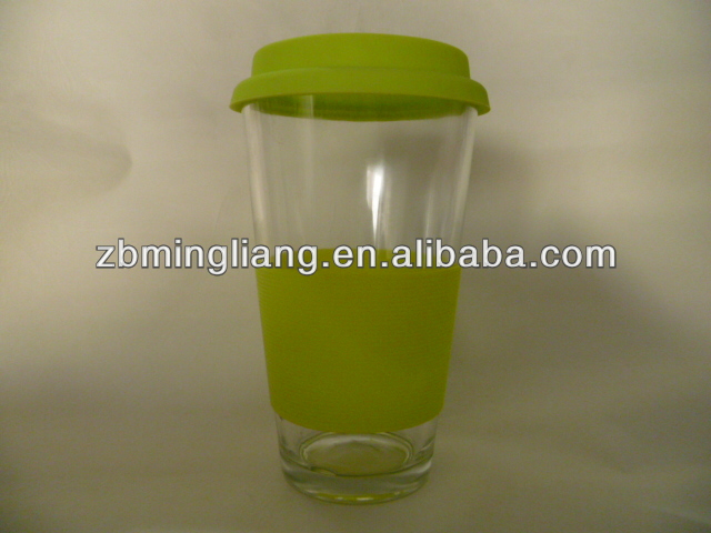 glass cup with silicon lid and sleeve