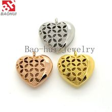 2016 New Item 30*27MM Gold Plated Heart Shape Hollow Stainless Steel Solid Perfume Compact Locket