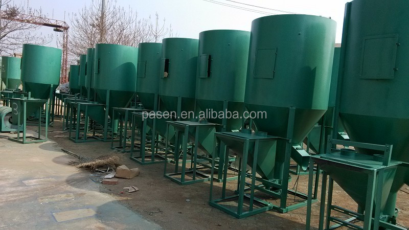 0.5 T 1 T capacity vertical animal feed crusher and mixier machine / poultry feed mixing machine / animal feed grinder and mixer