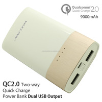 Dual USB VOXLINK [Qualcomm certified] quick charge 2.0 USB power bank charger,universal external battery for Iphone 5 6,Samsung